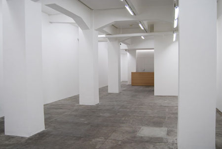 gallery αM