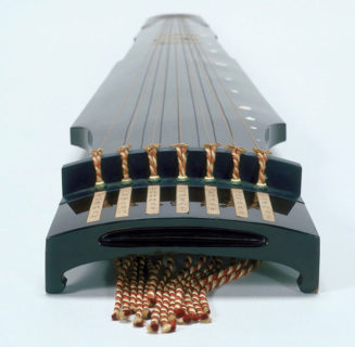 W'UP! ★ 第3展示室 特集展示「もの」からみる近世 『紀州徳川家伝来の楽器-こと-』 国立歴史民俗博物館