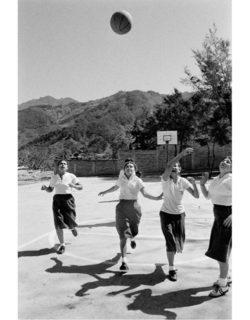 W'UP! ★ 6月2日~8月24日 スポーツのある風景 クリス・スティール=パーキンスとエリオット・アーウィット写真展 ライカギャラリー東京・京都